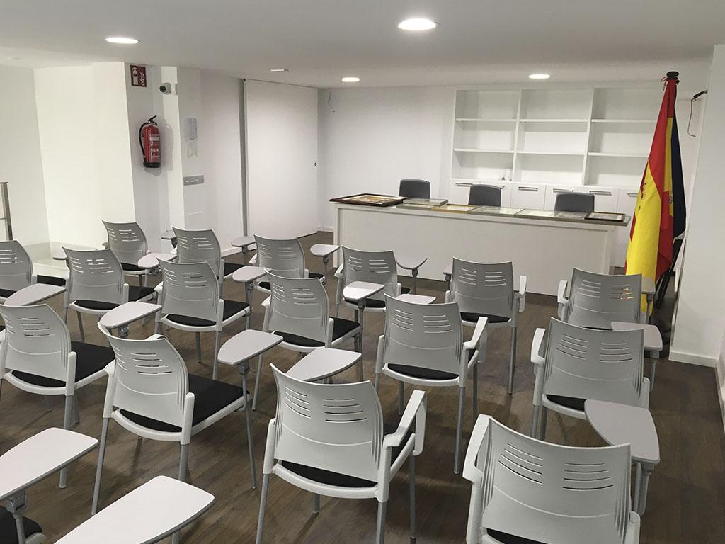 Reforma sala conferencias local Castellón